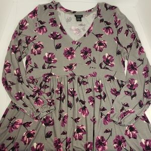 Torrid Floral Babydoll Tunic Long Sleeved, Size 2